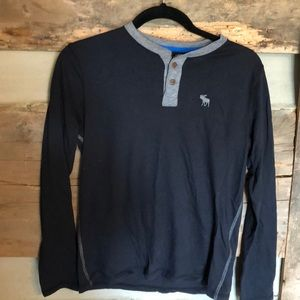 Abercrombie kids long sleeve in great condition